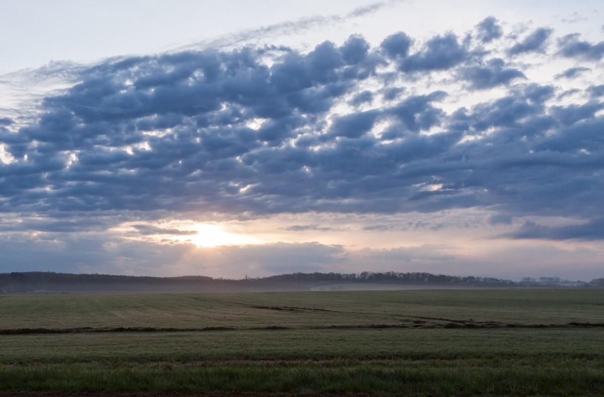 Paysage-prairie-lever-de-soleil