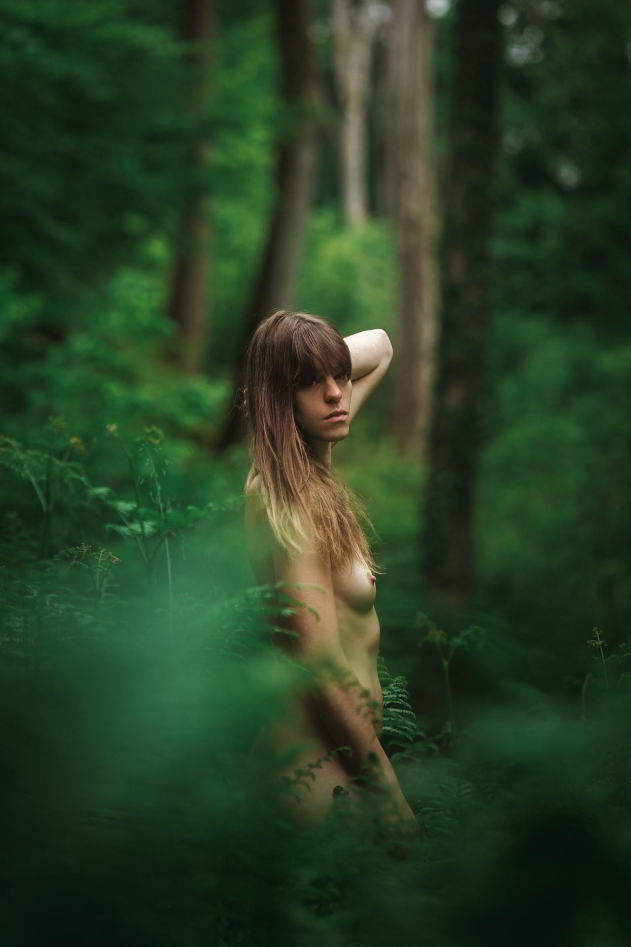 Mél - Forest - v1-photo-foret-nue-artistique-fougere--8