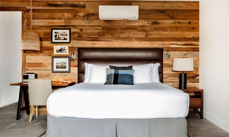 carmel-images-photos-accommodations-photo-tour-new-studio-4