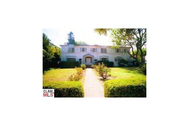 825 North Kings Road, West Hollywood (SOLD)