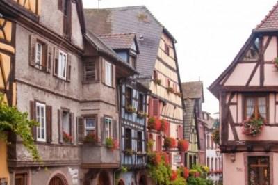 Alsace - Riquewihr architectural details.