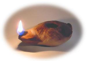 an-ancient-style-oil-lamp1