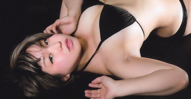 TABETAI SISTERS Tokyo Joshi Pro Photobook Review
