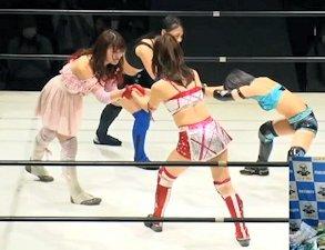 Ayano Irie and Yuko Sakurai vs. Mai Sakurai and Yoshiko Hasegawa