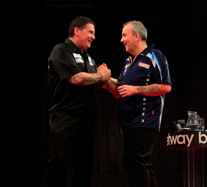 BETWAY PREMIER LEAGUE DARTS 2014 WESTPOINT ARENA,EXETER PIC;LAWRENCE LUSTIG GARY ANDERSON V PHIL TAYLOR GARY ANDERSON IN ACTION