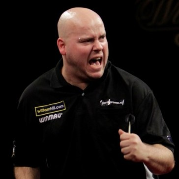 christian-kist-william-hill-grand-slam-of-darts-second-round_12dpj7tjam0nk1v7jwbw1vou03 (2)