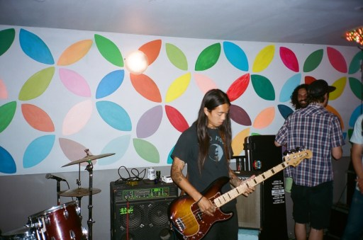 Don-Nuge-Nguyen-Guitar-Max-Fish