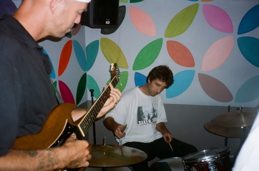 Andrew Reynolds Guitar, Josh Beagle Drums