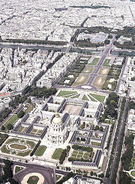 Invalides_aerial_view