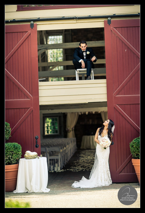Bride and groom wedding pictures. The Ashford Estate Wedding Allentown, New Jersey. Wedding Pictures by NJ Wedding Photographer Josh Wong Photography