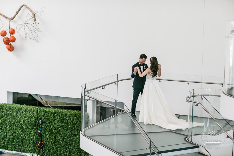 Queens Museum Wedding Pictures by New York Wedding Photographer Josh Wong