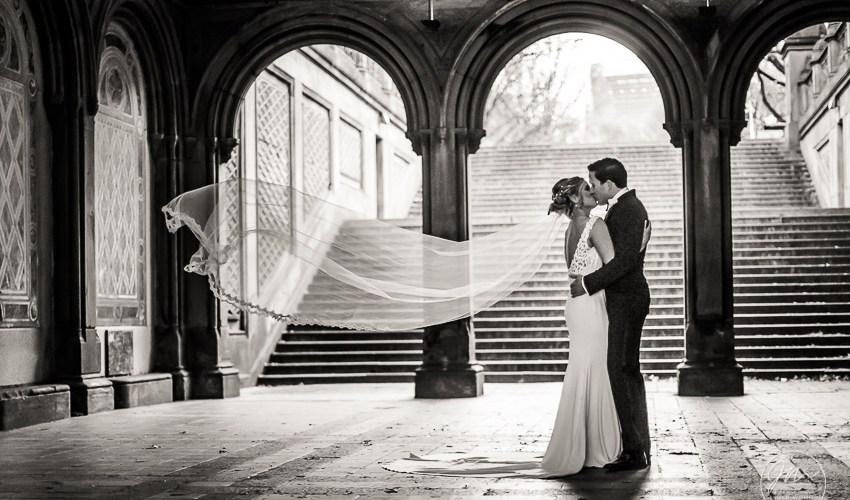 Award winning NYC Wedding photographer.