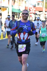 Josh Zeigler running through Hollywood Studios at the 2018 Disney World Marathon