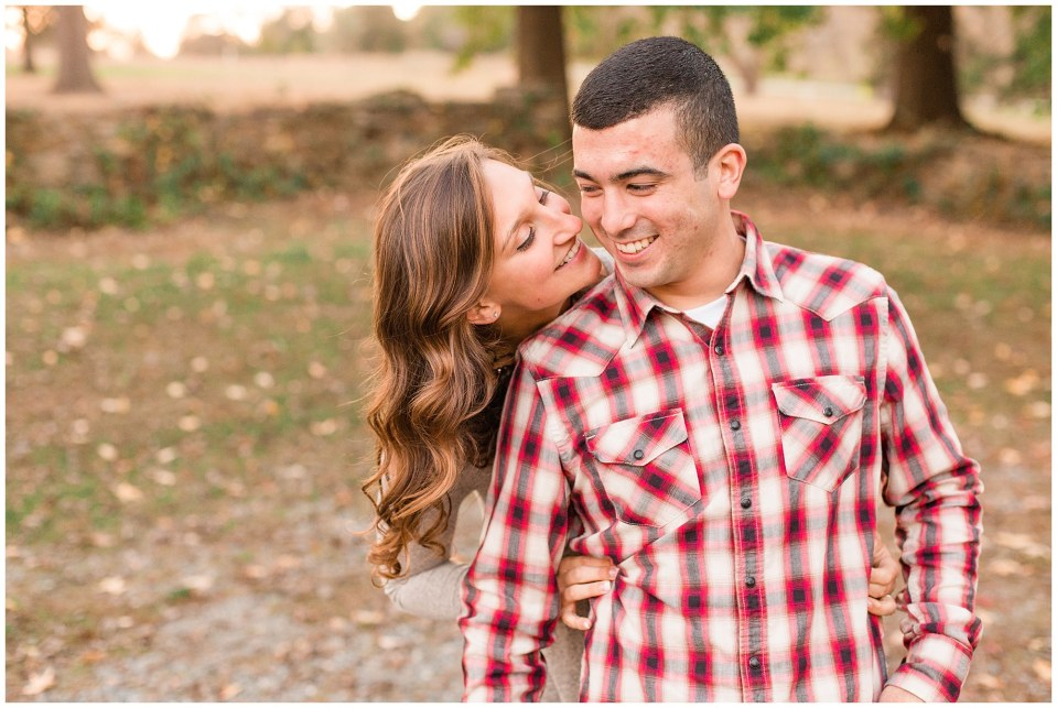 Austin & Nicole's Fall Engagement in Valley Forge National Park_0010.jpg