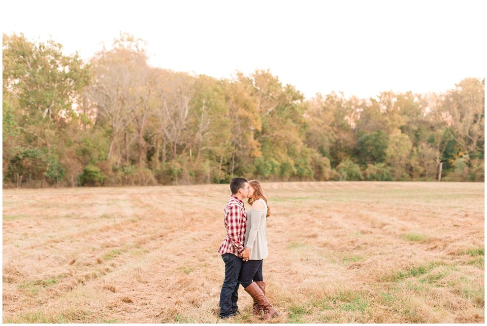 Austin & Nicole's Fall Engagement in Valley Forge National Park_0023.jpg