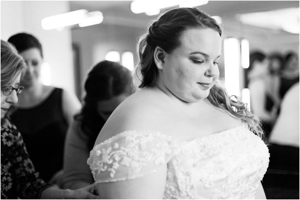 Shaun & Allie's Navy & Grey Wedding at the William Penn Inn in Gwynedd, PA Photos_0013.jpg