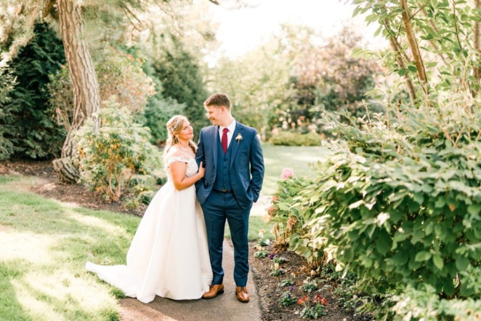 Bride and Groom Portraits at Flourtown Country Club