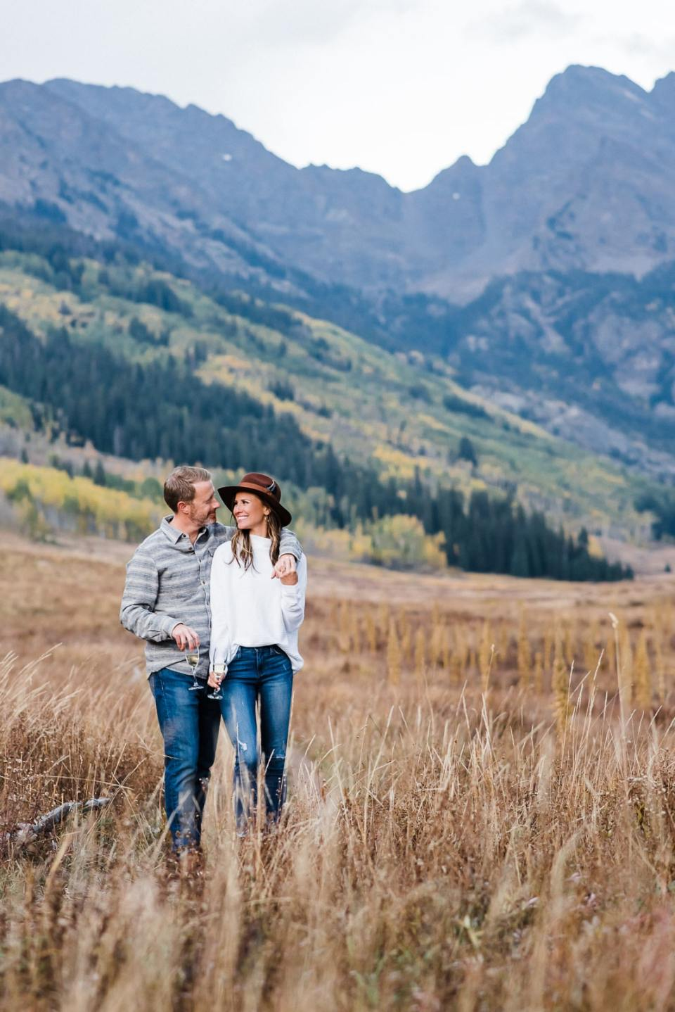 Engagement photos by Colorado mountains