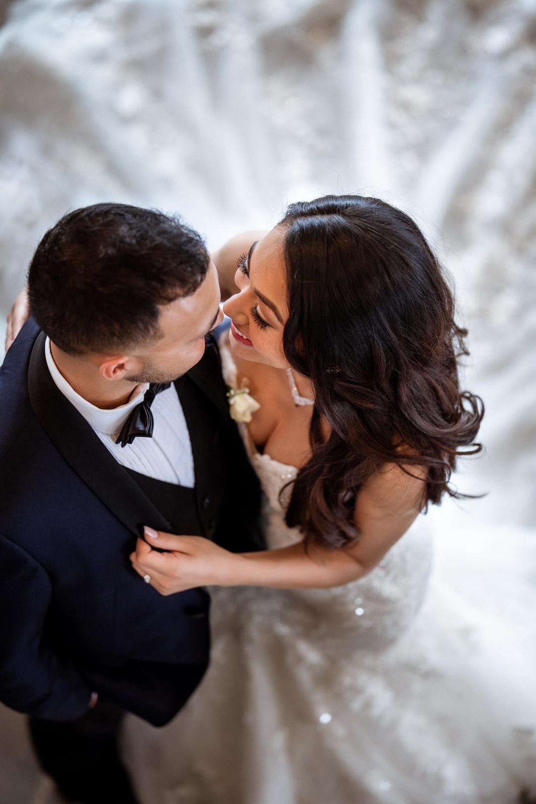 Unique and Elegant Wedding Photos | Josie V Photography