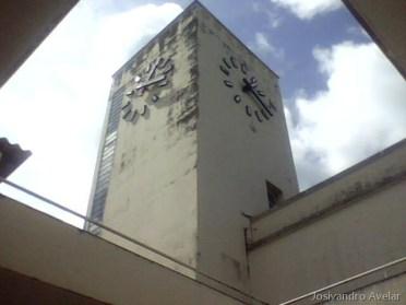 Em João Pessoa, 13:25. Em Brasília, no mesmo instante, 14:25.