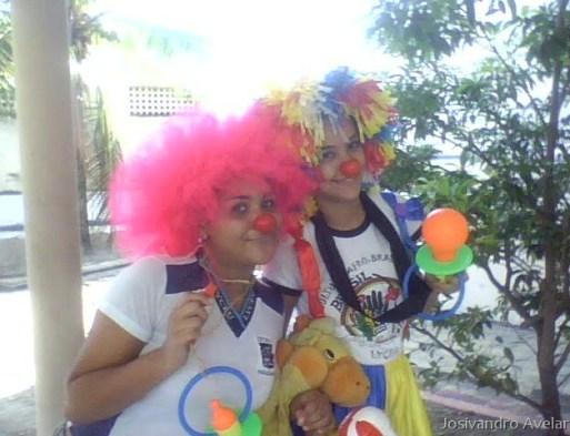 Alunos do NEA do Lyceu fazem campanha de arrecadação para o dia das crianças de um orfanato em João Pessoa.