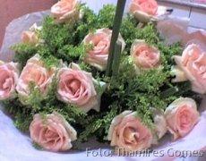 """O primeiro buquê de flores que Thamires recebeu de Jaílton, em maio de 2009, quando entrou no ar o post """"Uma história de amor da vida real""""."""