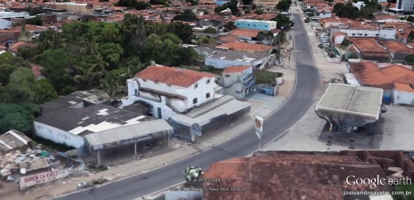 Curva de automobilismo da Vicente Costa Filho. Aqui se entra em alta velocidade e se reduz de uma tacada só.
