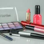 【女装 化粧】化粧品・メイクをどこで買う?場所別買いやすさ分類・初心者におすすめのショップ等