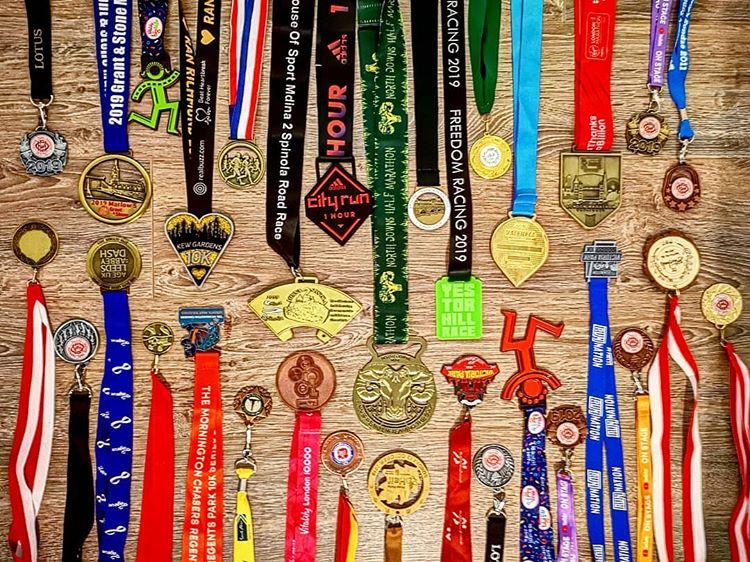 Informasi Terkait Desain Medali Populer