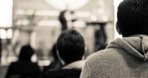 ¿Cómo crecer si no formo parte de una iglesia sana?