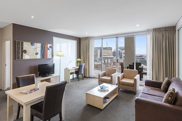 Best Apartment Hotels Adelaide Accommodation At Oaks Embassy With Pictures
