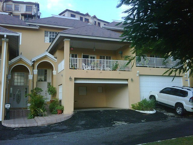 Best Townhouse For Sale In Norbrook Estate Kingston St Andrew Jamaica Propertyads Jamaica With Pictures