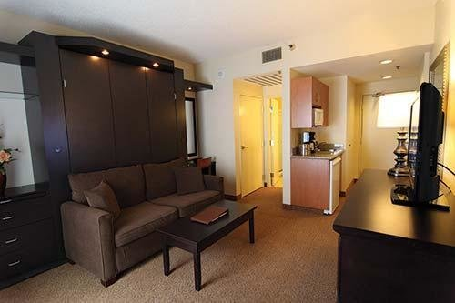 Best Polo Towers 2 Bedroom Timeshare Resale Diamond Resorts Interval International Exchange With Pictures