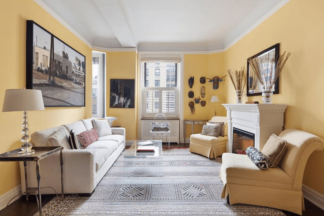 Best This One Bedroom Upper West Side Co Op Proves The Perks Of With Pictures