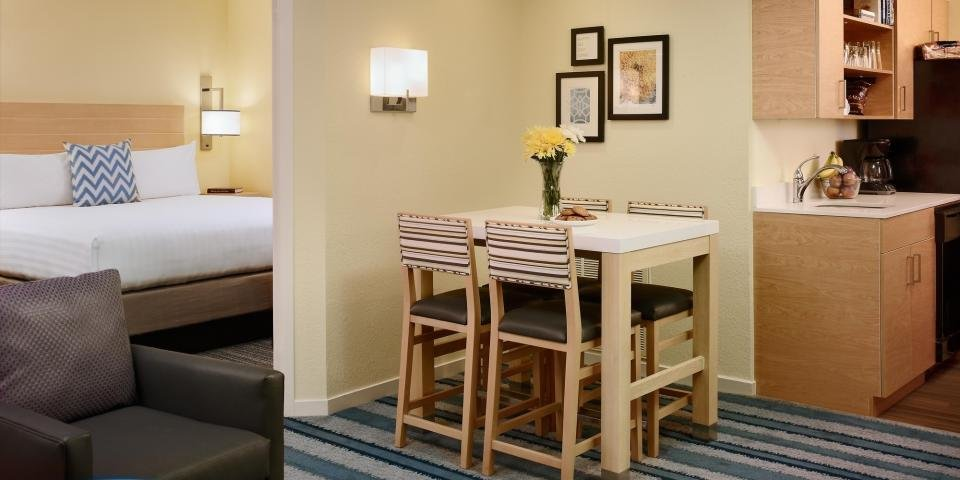 Best Schaumburg Hotel Suites With Kitchens Sonesta Es Suites With Pictures
