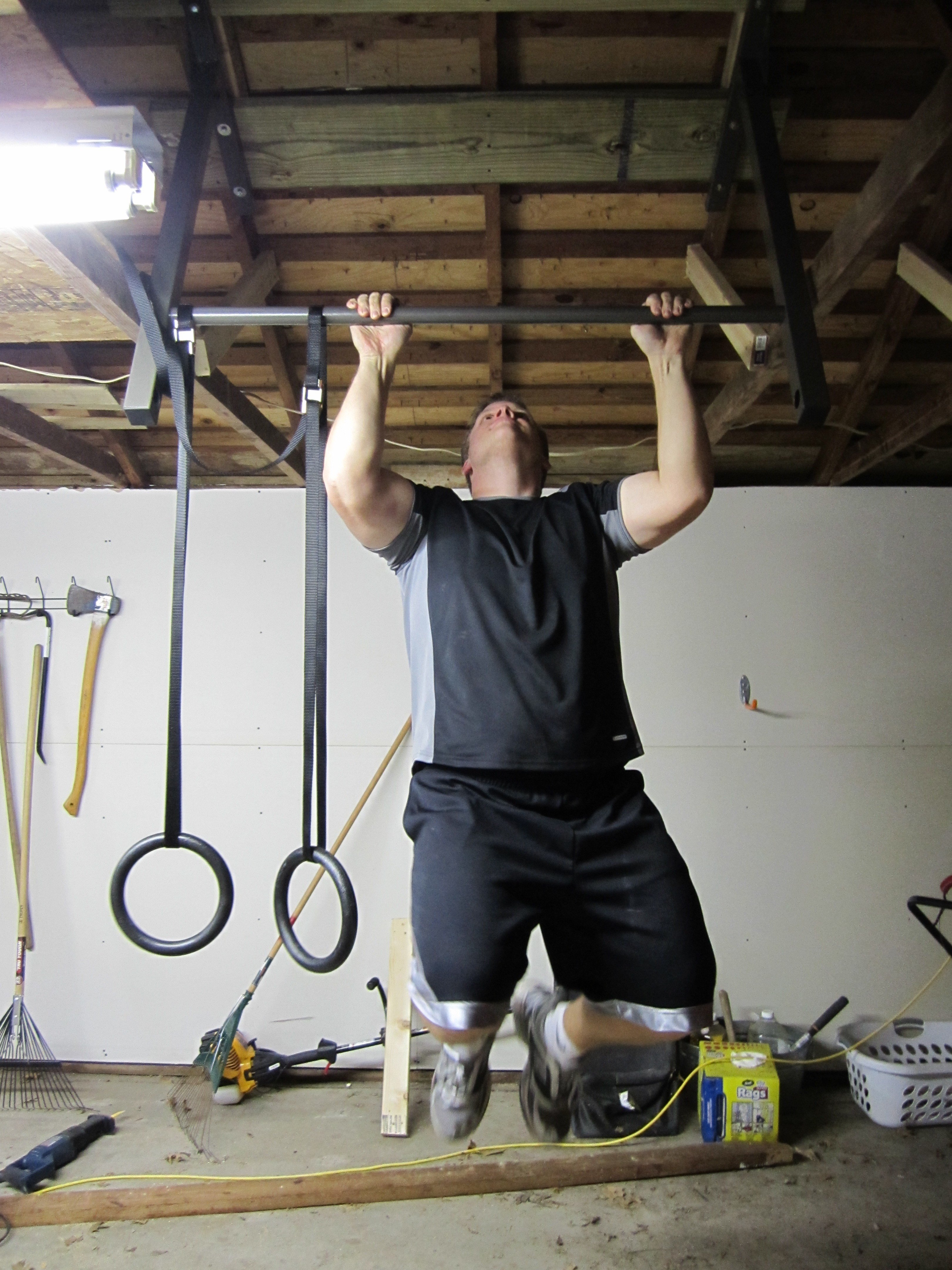 Best Turn Your Man Cave Into A Home Gym Stud Bar Ceiling Or Wall Mounted Pull Up Bar With Pictures