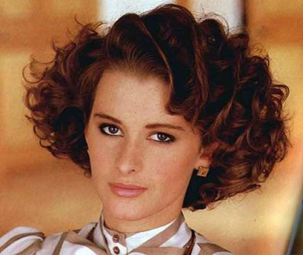 Free 62 80 S Hairstyles That Will Have You Reliving Your Youth Wallpaper