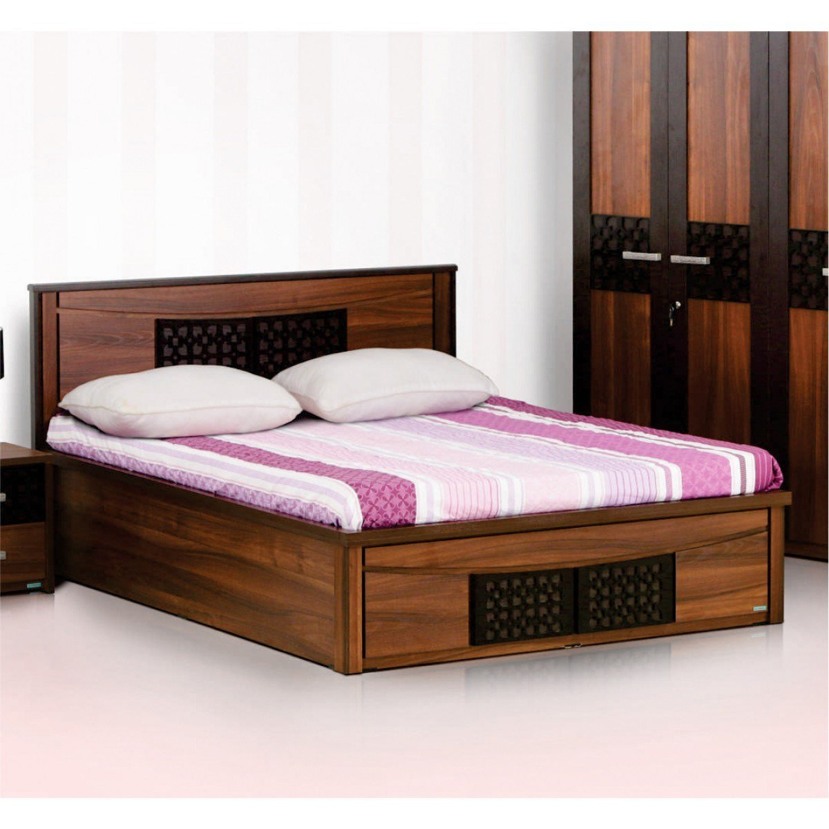 Best Carvin 4 Piece Bedroom Set Damro With Pictures