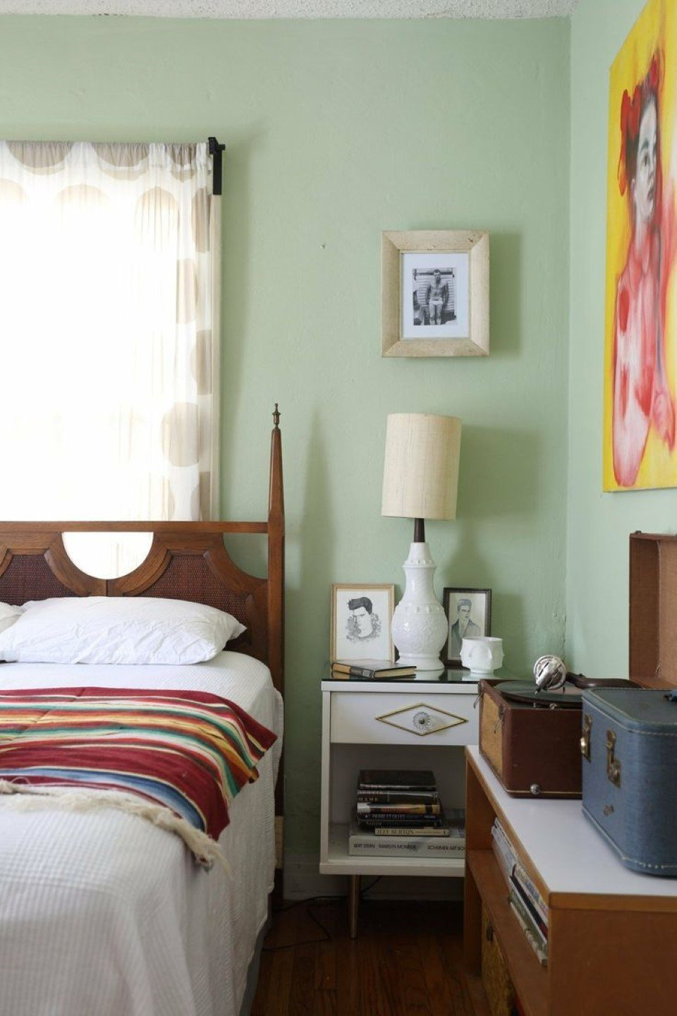 Best Matching The Vintage Bedroom Ideas Designoursign With Pictures