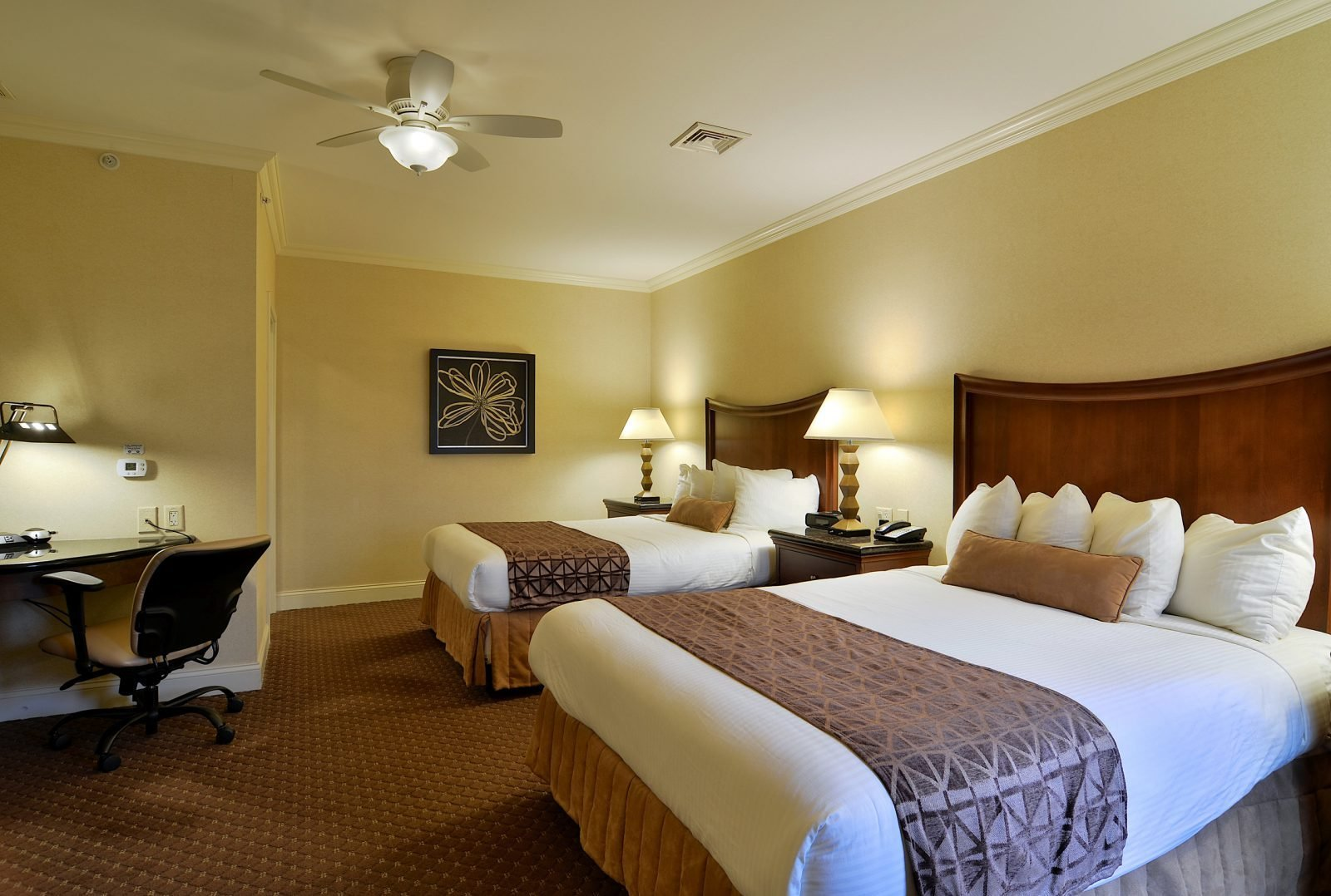 Best Suite In Lancaster Pa Enjoy The Two Bedroom Villa Suite Accommod With Pictures