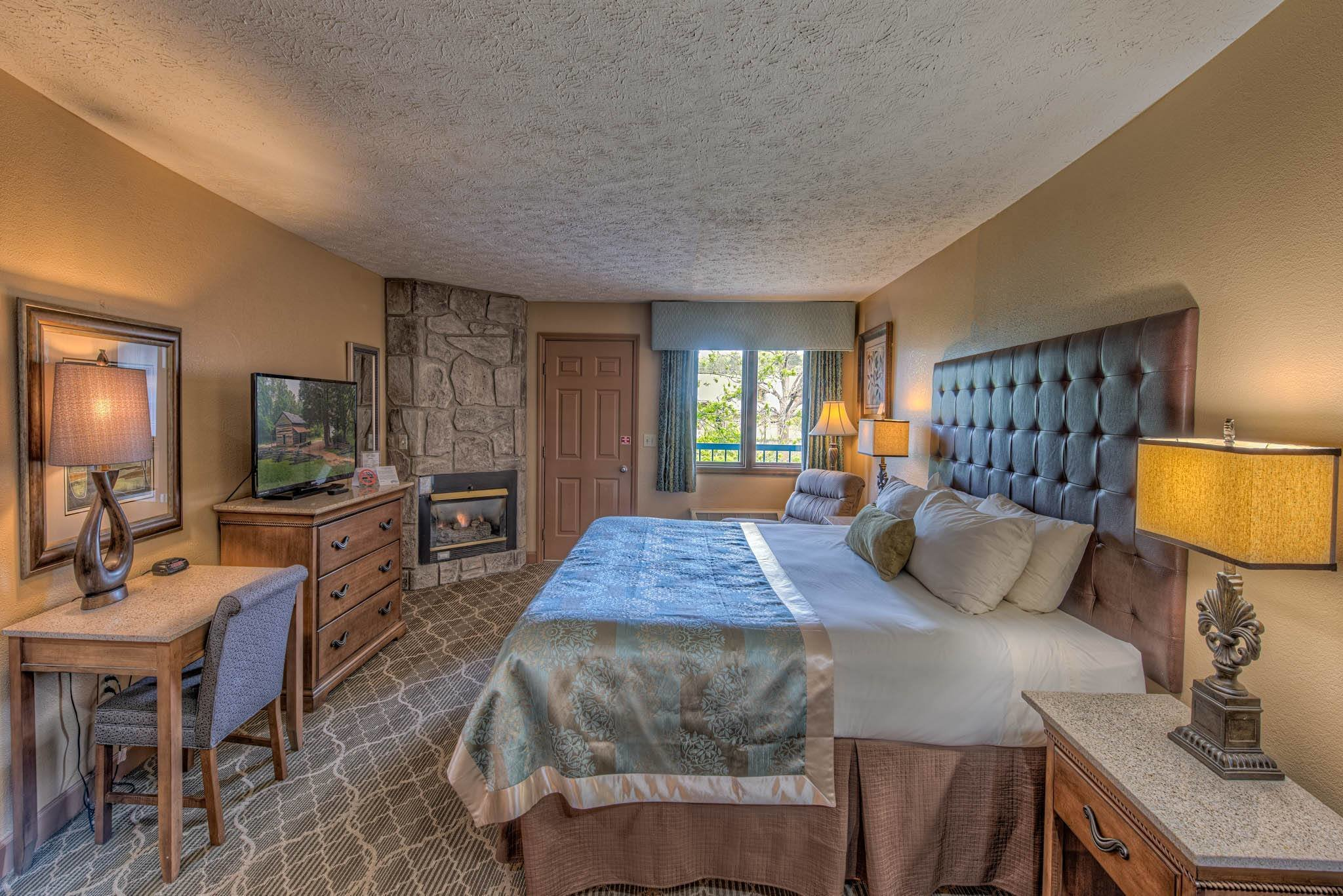 Best 2 Bedroom Hotel Rooms In Pigeon Forge Tn Www Resnooze Com With Pictures