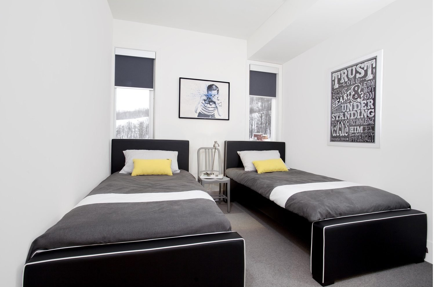 Best Decorating Ideas For A Modern Guest Room Yliving Blog With Pictures