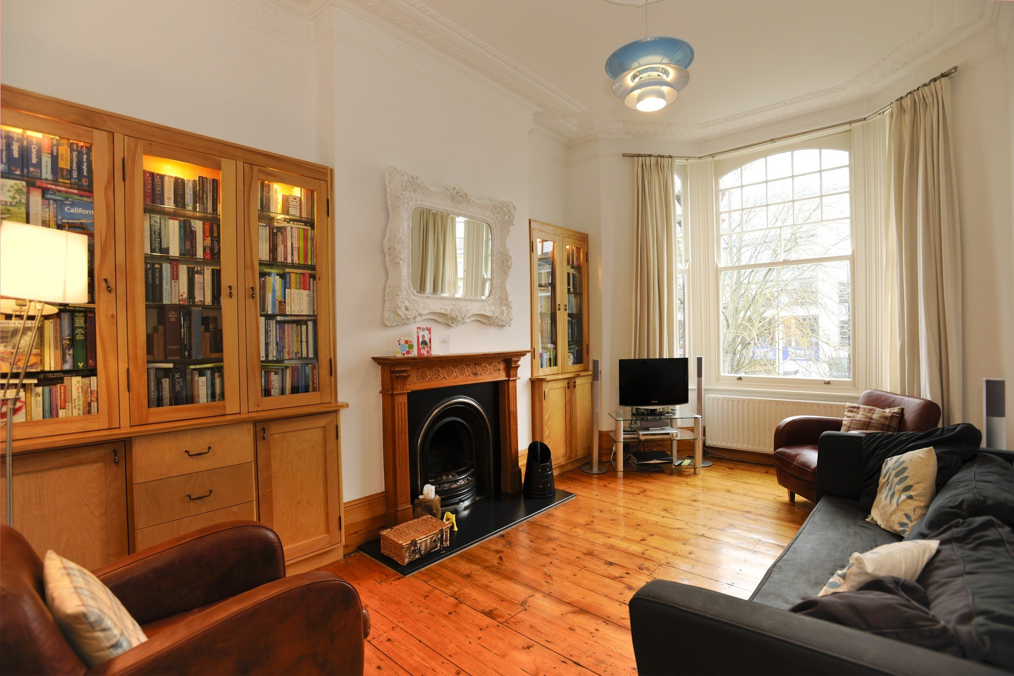 Best 2 Bed Flat To Rent Clapham Road London Sw9 9Bt With Pictures