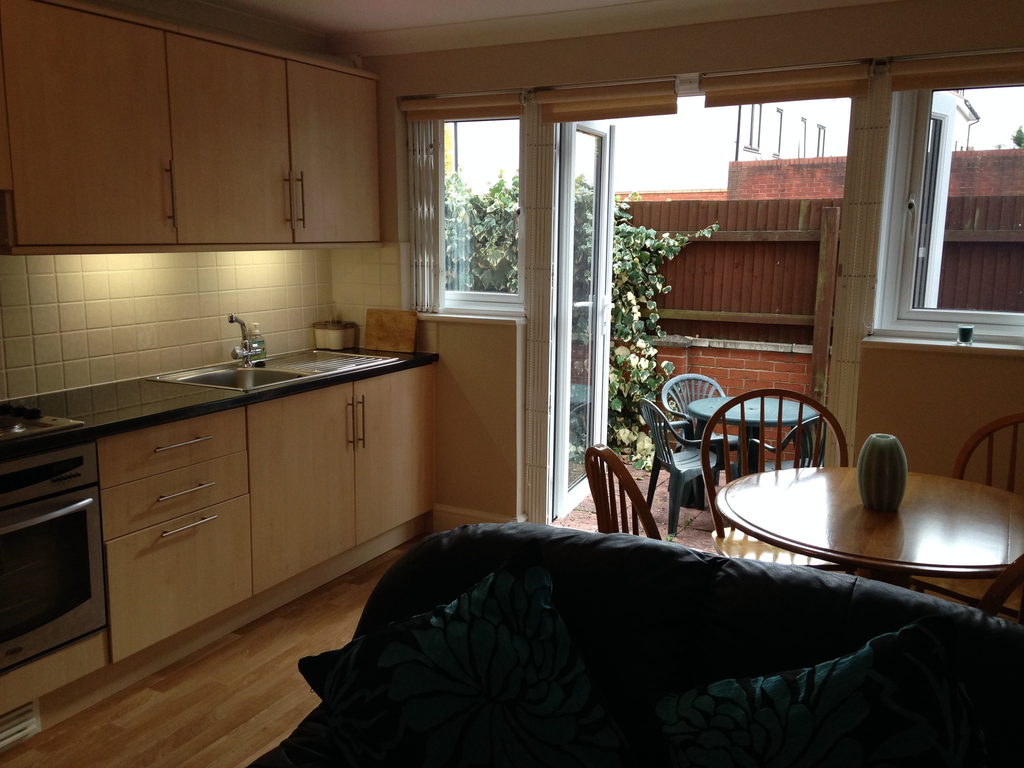 Best 2 Bed Flat Apartment Ground Maisonette To Rent Grove With Pictures