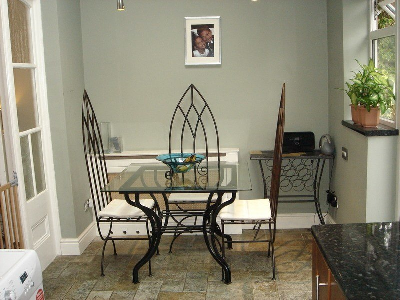Best 2 Bed Flat To Rent Kingston Road London Sw20 8Jx With Pictures