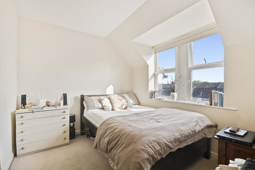 Best 2 Bed Flat To Rent Garratt Lane London Sw18 4Fq With Pictures