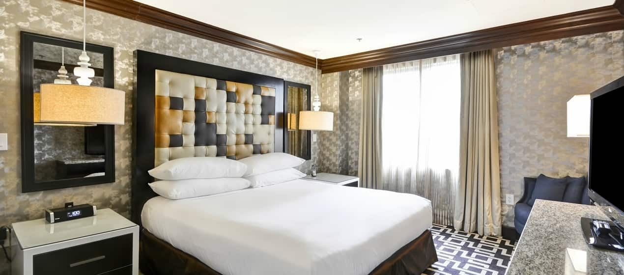 Best 2 Bedroom Suites In Los Angeles California Www With Pictures