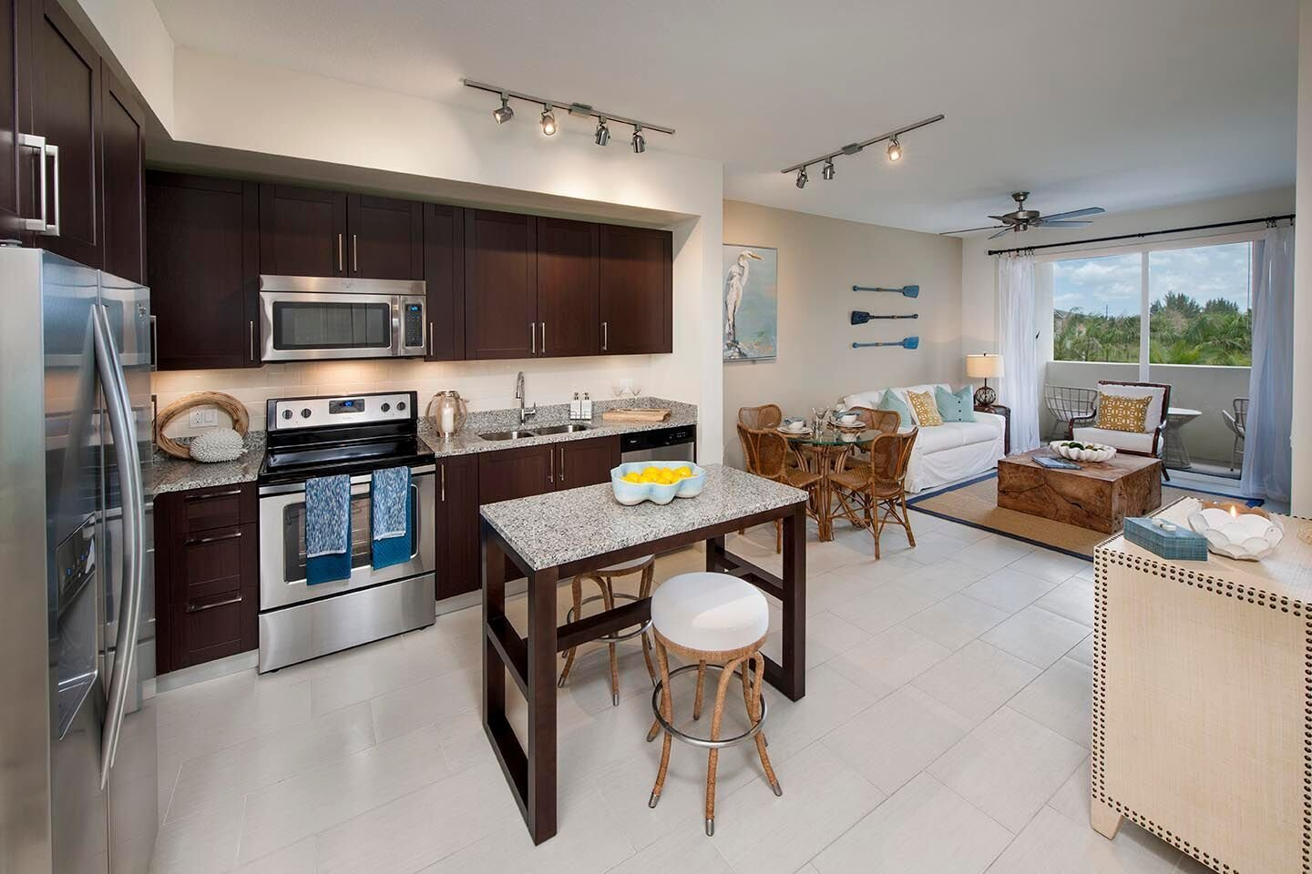 Best Two Bedroom Apartment Rental In Pembroke Pines Fl Luxury With Pictures
