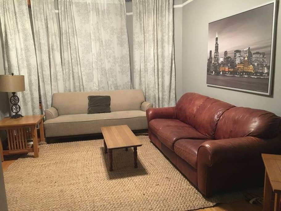 Best Large Private 3 Bedroom Apartment Apartments For Rent In With Pictures