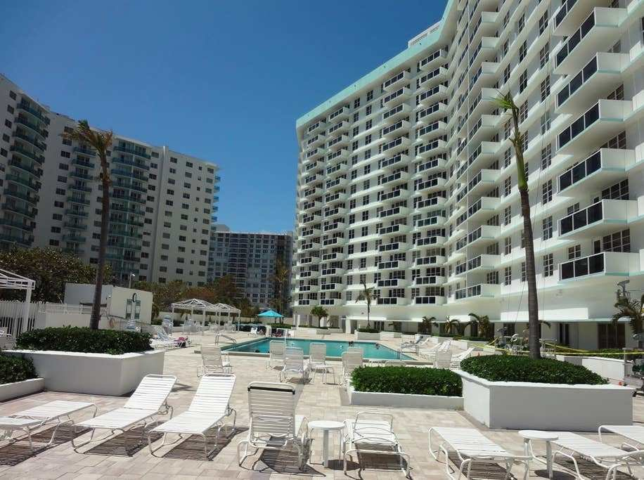 Best 1 Bedroom Hollywood Beach Apartment Apartments For Rent With Pictures